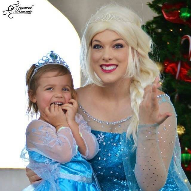 Mozart's Christmas Light Show With Queen Elsa
